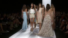 Badgley Mischka en la Mercedes-Benz Fashion Week de Nueva York 455165324